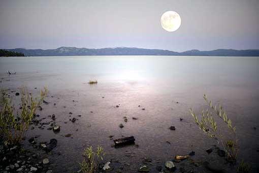 moonoverlake.jpg