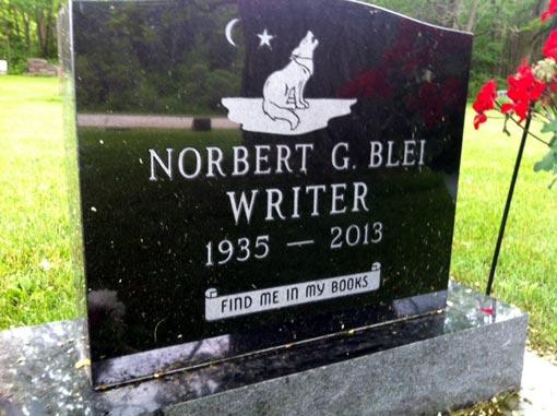 Norbert Blei's grave